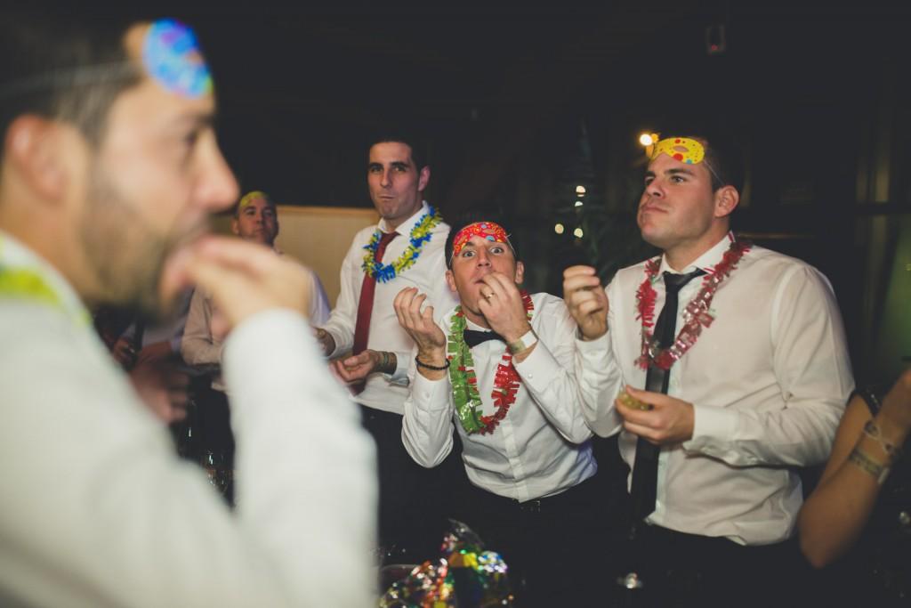 boda comiendo las uvas