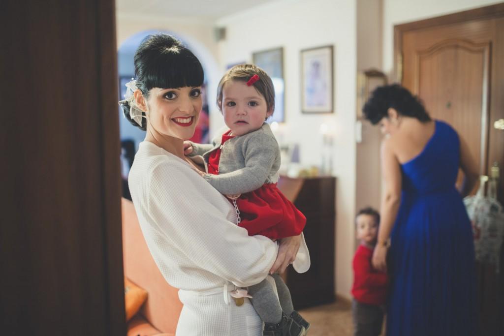 novia con su hija