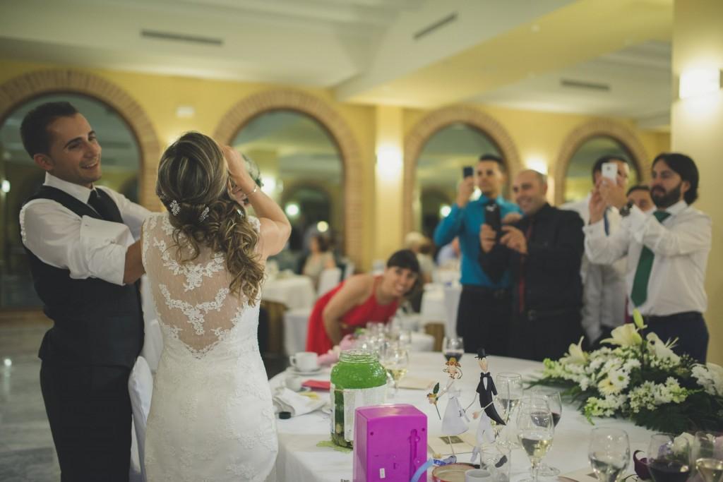 boda Sonia + Javi en el la iglesia nuestra señora de sion y celebración en el hotel Ad Hoc de Betera
