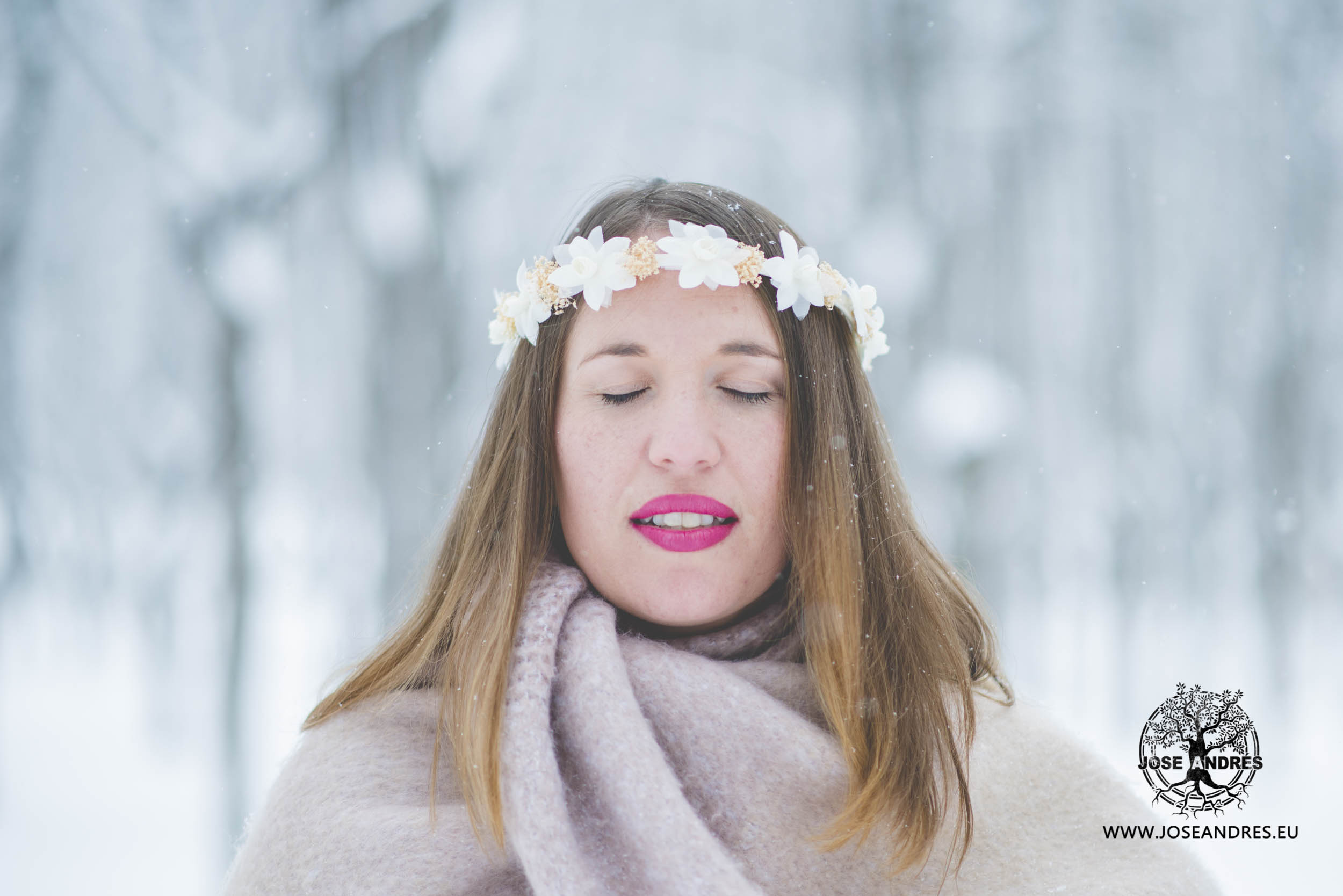 Preboda en la nieve, preboda en Jaca, preboda en Formigal, preboda en el frío, preboda con nieve