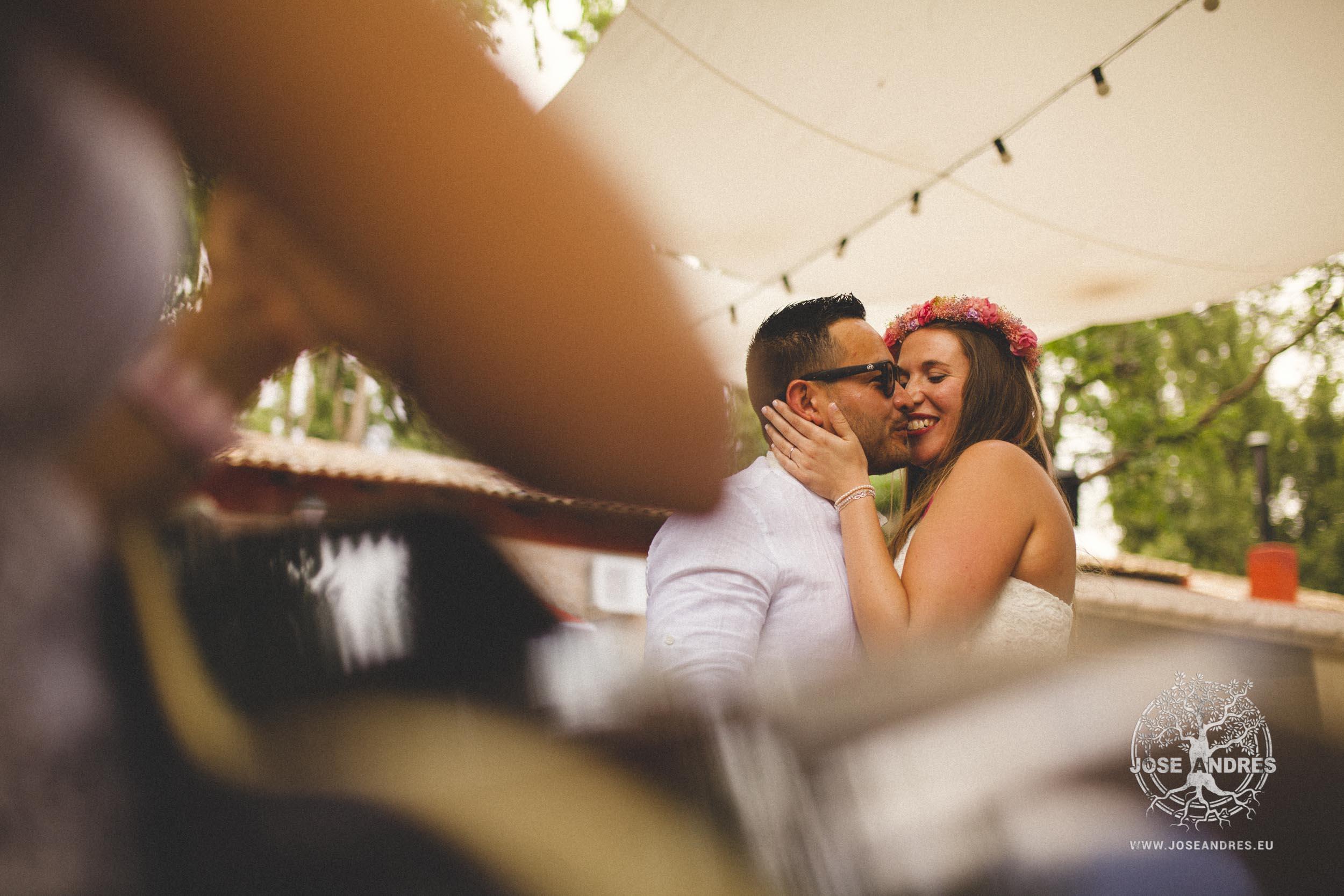 Boda de un fin de semana completo, boda en casas de Luján, Jose Andrés fotografía y cine documental de boda en Valencia, Albacete y Cuenca. Fotografía de boda natural y divertida, fotografía de boda sin posados